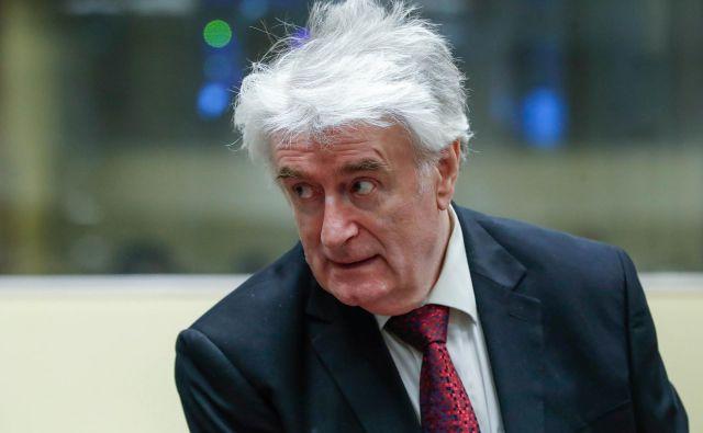V Haagu bo danes podana pravnomočna sodba nekdanjemu predsedniku Republike Srbske Radovanu Karadžiću. FOTO: Yves Herman/Reuters