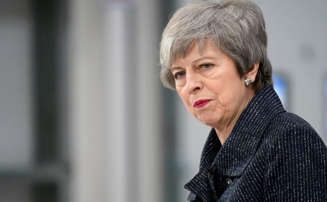 Theresa May bo jutri obiskala Bruselj. FOTO: Reuters