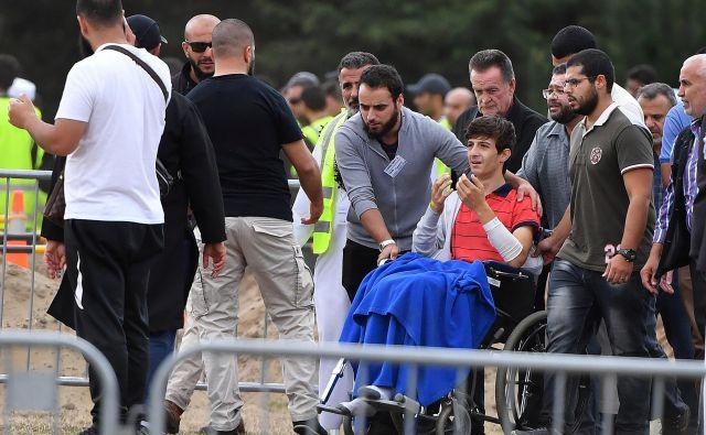 Zaid Mustafa, sin in brat umrlih v napadu. FOTO: Reuters