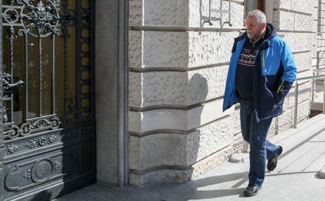 Gorazd Colarič ob prihodu na ljubljansko okrožno sodišče ni bil zgovoren. FOTO: Marko Feist