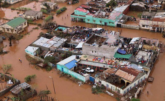 Ciklon Idai je prizadel več kot dva milijona ljudi v Mozambiku, Malaviju in Zimbabveju. FOTO: AFP