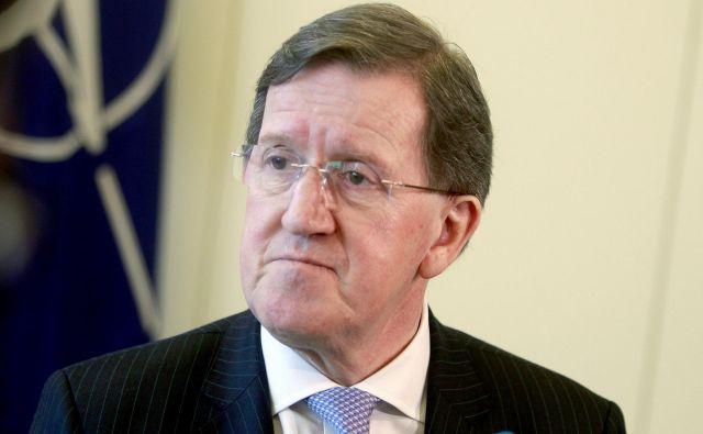 Nekdanji generalni sekretar Nata George Robertson je bil gost na proslavi ob 15. obletnici vstopa države v severnoatlantsko zavezništvo, ki je potekala na Brdu pri Kranju. FOTO: Roman Šipić