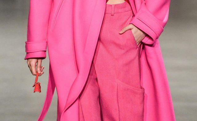 Jacquemus je mini chiquito poslal tudi na modno brv pariškega tedna mode. Foto Shutterstock