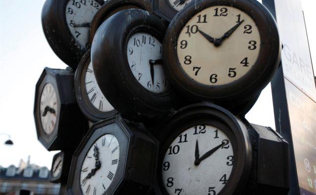 Premik ure ima negativne posledice na zdravje ljudi. FOTO: Charles Platiau/Reuters