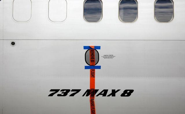 Model boeing 737 MAX 8 je v zadnje pol leta strmoglavil že dvakrat. FOTO: Reuters<br />