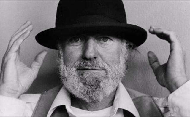 Lawrence Ferlinghetti je eden od redkih živih pesnikov, ki se lahko pohvalijo z več kot milijon prodanimi izvodi pesniške zbirke. FOTO: Wikipedija