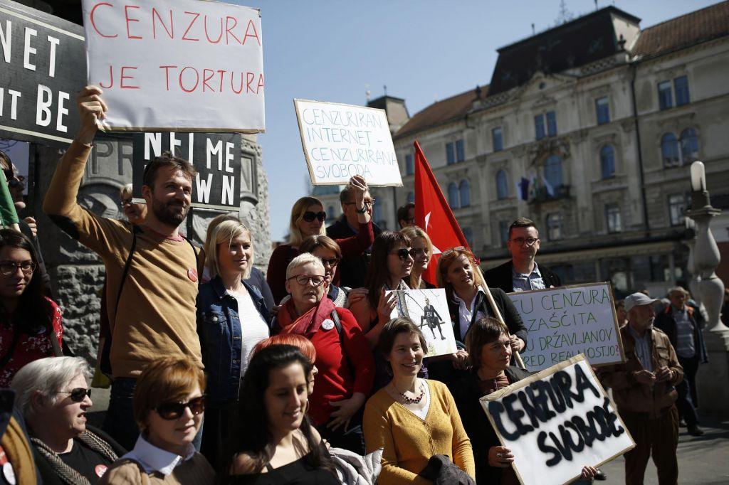FOTO:V Ljubljani protestirali proti direktivi o avtorskih pravicah