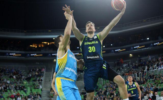 Slovenci bi si z organizacijo ene od skupin zagotovili mesto na eurobasketu 2021. FOTO: Voranc Vogel/Delo
