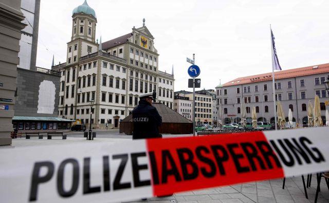 Pošiljateljev pošte za zdaj niso odkrili. FOTO: Stefan Puchner/AFP