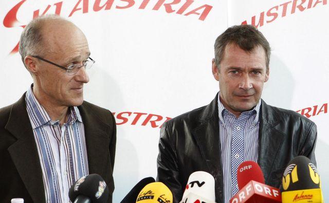 Ernst Vettori (desno, na fotografiji skupaj s Tonijem Innauerjem) je lansko pomlad po osmih letih zapustil položaj direktorja nordijskih disciplin pri Avstrijski smučarski zvezi. FOTO: Reuters