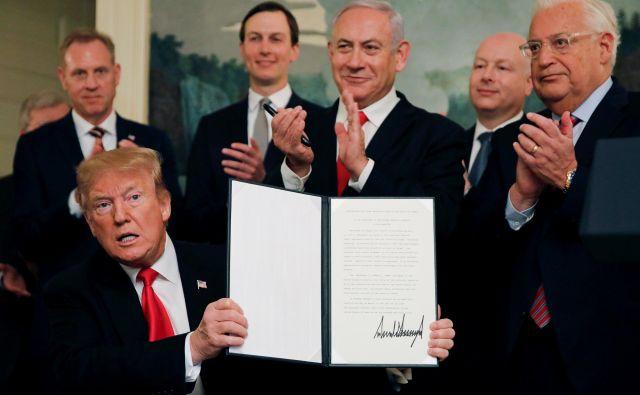 Donald Trump je s priznanjem izraelske okupacije Golanske planote povzročil val mednarodnih obsodb. FOTO Reuters