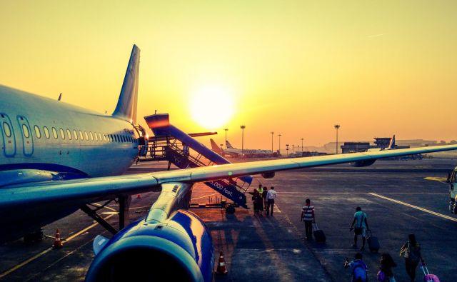 Letalski promet je še vedno v izjemnem porastu, tako v svetu kot v Evropi. V lanskem letu so evropska letališča sprejela 136,6 milijona potnikov več kot leto prej. Foto Pexels