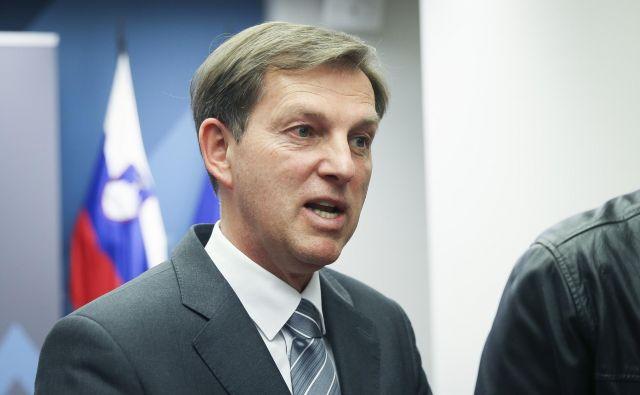 Zunanji minister je oster: Gre za kršitev mednarodnega in evropskega prava. FOTO: Jože Suhadolnik/Delo