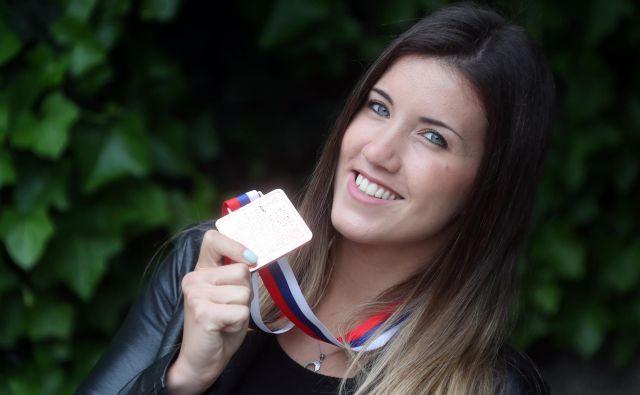 Tjaša Ristić se je z lanskega evropskega prvenstva v Novem Sadu vrnila domov z bronasto kolajno, letos se bo iz Guadalajare z najmanj srebrno. FOTO: Dejan Javornik