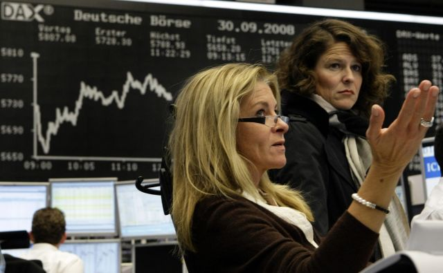 Ženske svoje sposobnosti za delovno mesto, ki ga zasedajo, ocenjujejo precej nižje od kolegov ter morda tudi zato ne zahtevajo višjih plač. Foto: Reuters
