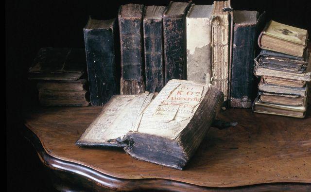 Štefan Küzmič je leta 1771 izdal prekmurski prevod Svetega pisma, <em>Nouvi zakon</em>. FOTO: Jože Pojbič/Delo
