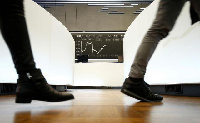 Čeprav so se podjetja iz prve skupine zelo dobro odrezala na dolgi rok, niso bila vedno boljša od podjetij, ki ne izplačujejo dividend. Foto: Reuters