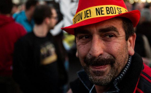 "Protestniki so prepričani, da so ""očetu naroda"" Milu Đukanoviću šteti dnevi na oblasti. FOTO: Stevo Vasiljević/Reuters"