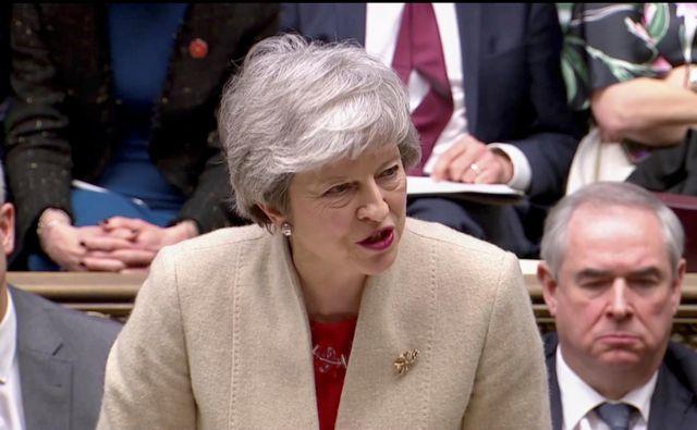 Premierka Theresa May med današnjim nagovorom FOTO: Reuters