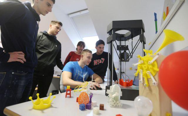 Na srednji ekonomski šoli na Roški v Ljubljani sledijo zahtevam in izzivom sodobnega podjetništva. Foto Leon Vidic