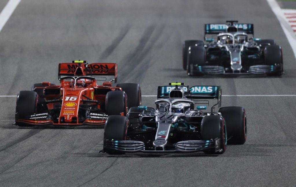 FOTO:Dvojni udarec za Ferrari in nova dvojna zmaga za Mercedes (VIDEO)