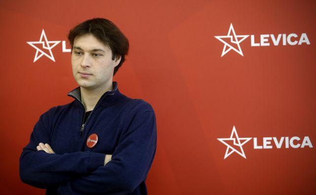Miha Kordiš je prepričan, da nakup oklepnikov nima podlage v sprejetih proračunskih dokumentih. FOTO: Blaž Samec/Delo