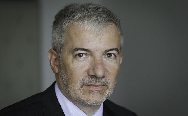 Odhod Damirja Topolka z mesta direktorja direkcije za infrastrukturo zahteva premier. FOTO: Jože Suhadolnik/Delo