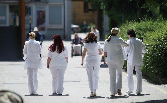 »Ta vlada je prišla z zgodbo o rešitvi zdravstva, zato pričakujemo, da bo to tudi storila,« je dejal predsednik Fidesa Konrad Kuštrin. FOTO: Leon Vidic/Delo