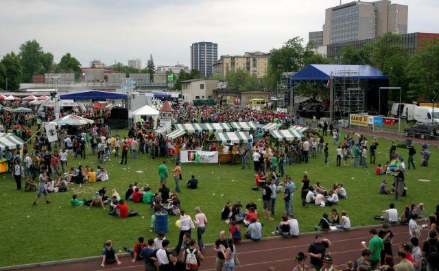 Škisova tržnica je eden večjih študentskih dogodkov pri nas.FOTO: Roman Šipić/Delo