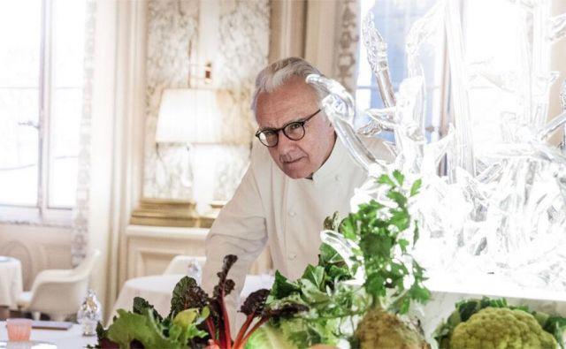 »Prepričan sem, da je prišel čas, ko mora visoka kuhinja postreči z interpretacijo skromnih sestavin,«pravi kralj francoskega kuhanja Alain Ducasse. Foto Ad Paris