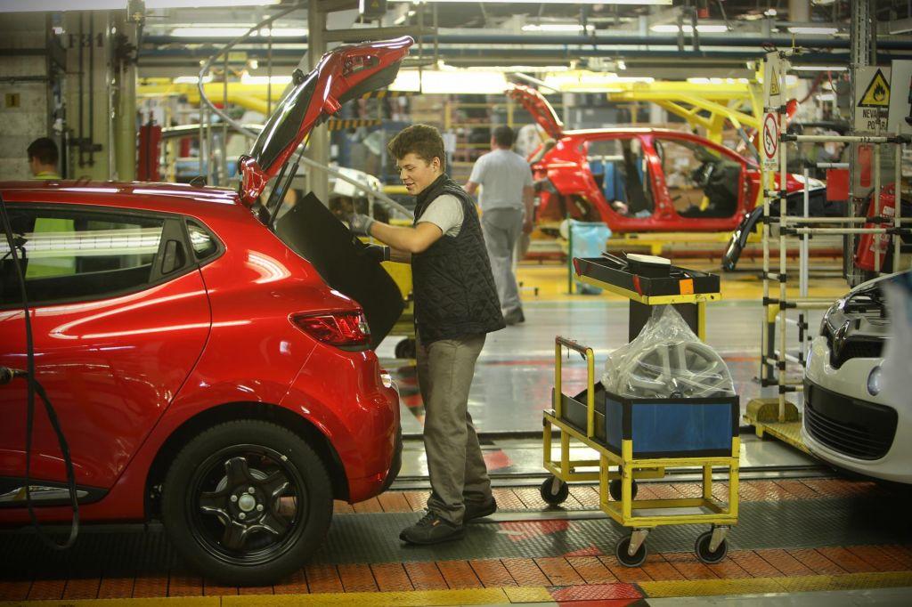 Bistvenega upada izvoznih naročil ne pričakujejo
