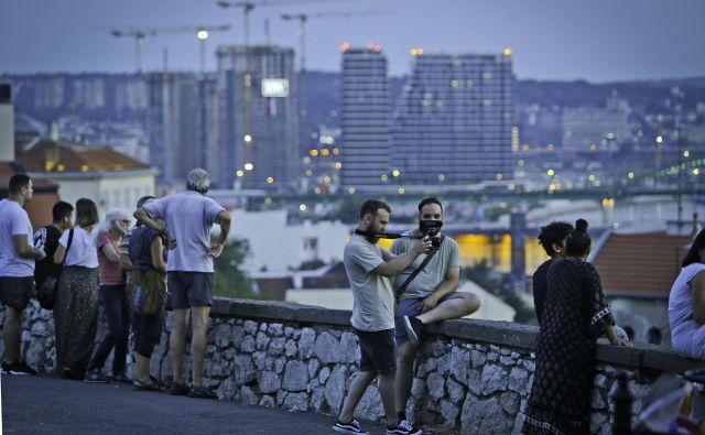 Srbija se spreminja v gradbišče, betonirajo pa vlagatelji vseh narodnosti. FOTO: Jože Suhadolnik/Delo