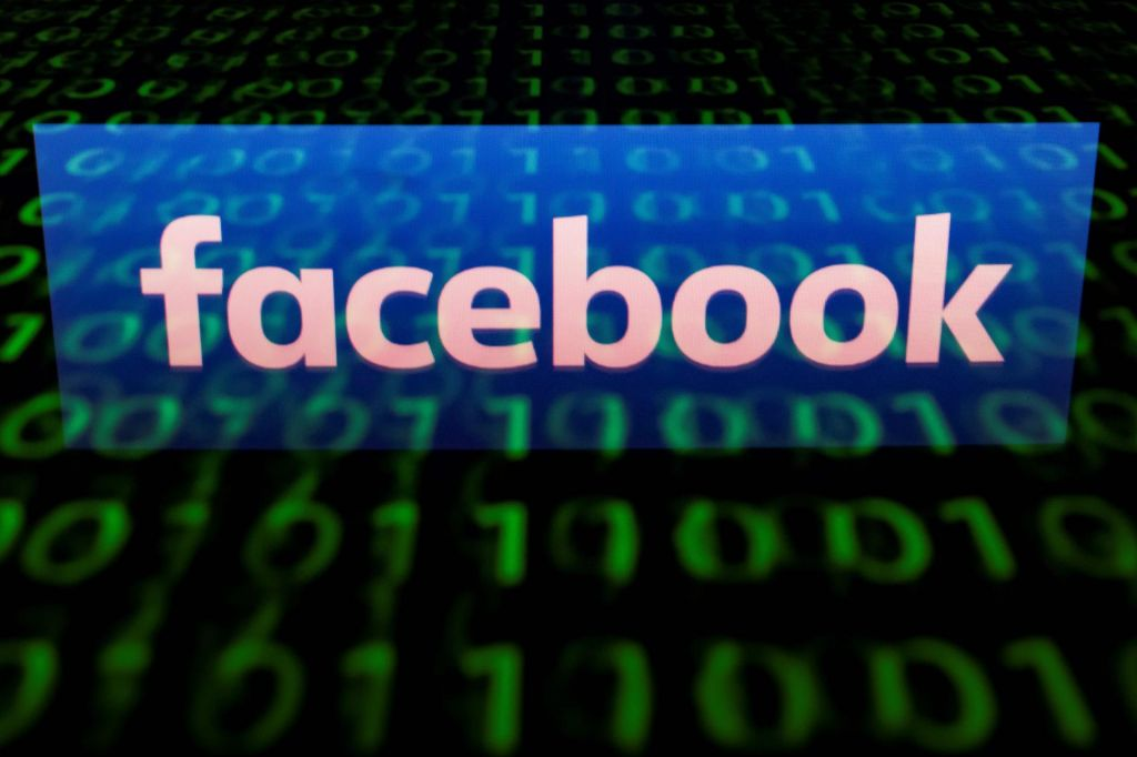 Avstralija s strogo zakonodajo nad družbena omrežja