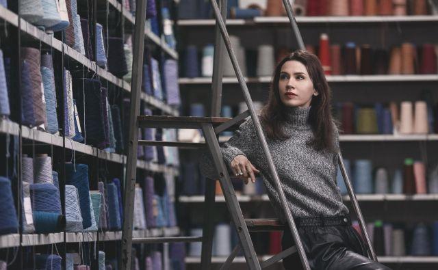 Lara Bohinc že več kot dvajset let živi in dela v Londonu. FOTO: Robert Elmengård