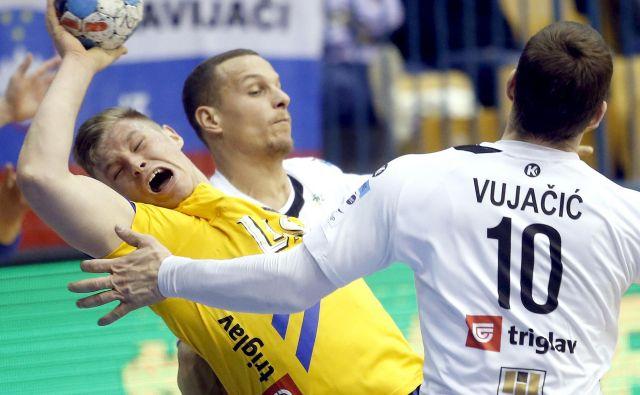 Kristjan Horžen je odigral tekmo kariere, a njegovih deset golov proti Ribnici ni bilo dovolj za zmago. FOTO: Roman Šipić