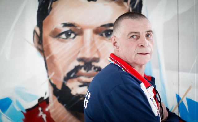 Rolando Pušnik je tudi trener hrvaškega vratarja Ivana Pešiča, čigar portet krasi hodnik v dvorani v Brestu. FOTO: Uroš Hočevar/kolektiffimages