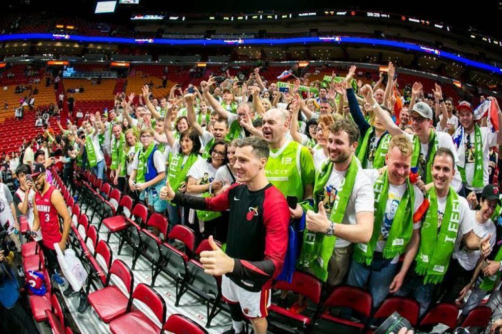 FOTO:Miamijska vročica zajela slovenske navijače