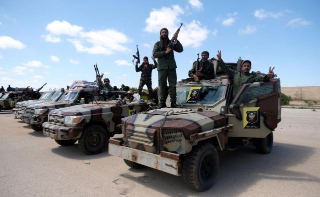 Pripadniki libijske nacionalne vojske. FOTO: Esam Omran Al-fetori/Reuters