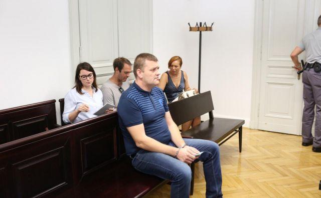 Dalibor Devura do pravnomočnosti sodbe ostaja v priporu. FOTO: S. N.