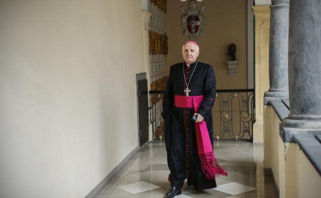 StanislavZore,ljubljanski nadškof in metropolit, na vprašanje, ali v Sloveniji, podobno kot po svetu, obstaja pedofilsko omrežje, odgovarja, da ga on ne vidi. FOTO: Uroš Hočevar/Delo
