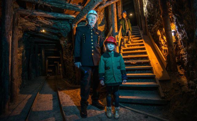 Danes se po Antonijevem rovu obiskovalci podajo v podzemni svet drugega največjega rudnika živega srebra na svetu.FOTO: Matej Peternelj