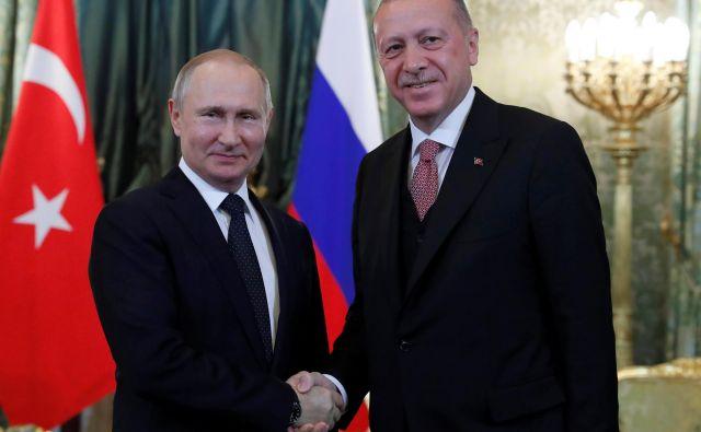Erdoğan in Putin sta se letos srečala že tretjič. Foto: Reuters