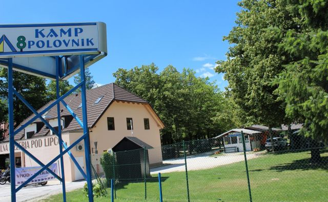 Lastniki kampov opozarjajo, da taksa predstavlja prevelik delež v ceni prenočitve v kampih. FOTO: Blaž Močnik