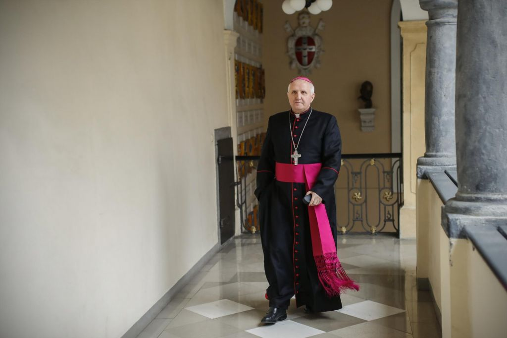 FOTO:Nadškof Zore pri nas ne vidi pedofilskega omrežja