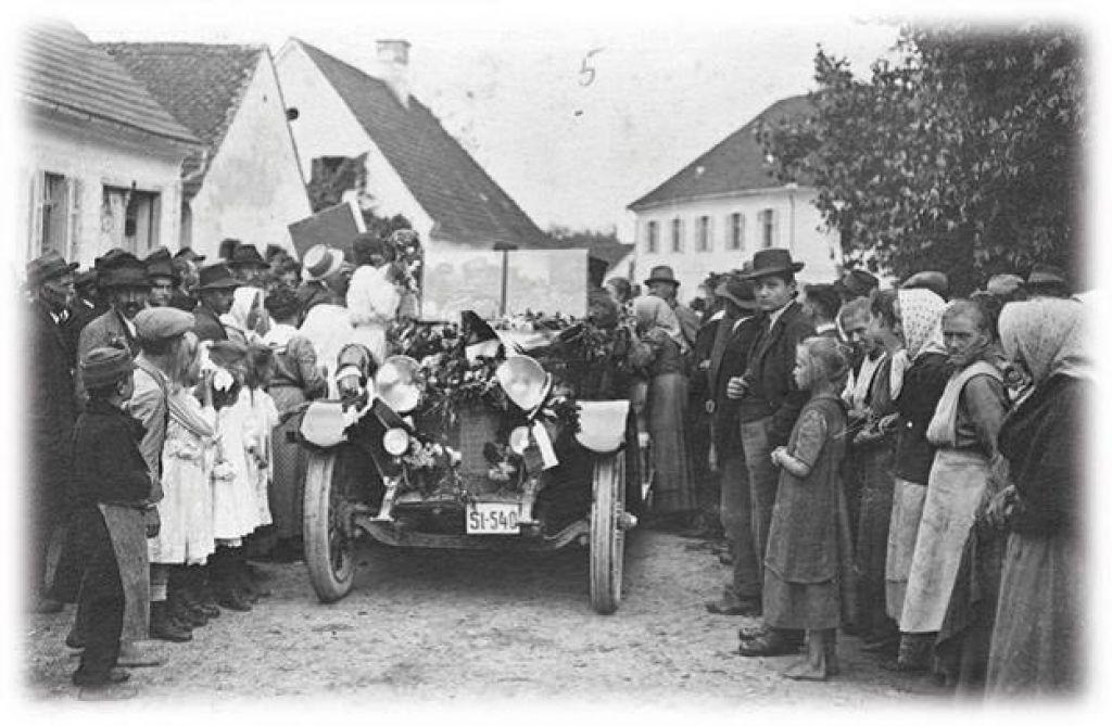 FOTO:Ob 100. obletnici priključitve Apaškega polja Sloveniji