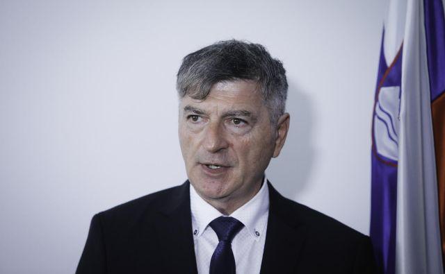 Rudi Medved, minister za javno upravo, napoveduje, da je napočil čas za prevetritev formule za nov izračun povprečnine, pri katerem »ne bomo več barantali«. Foto Jože Suhadolnik