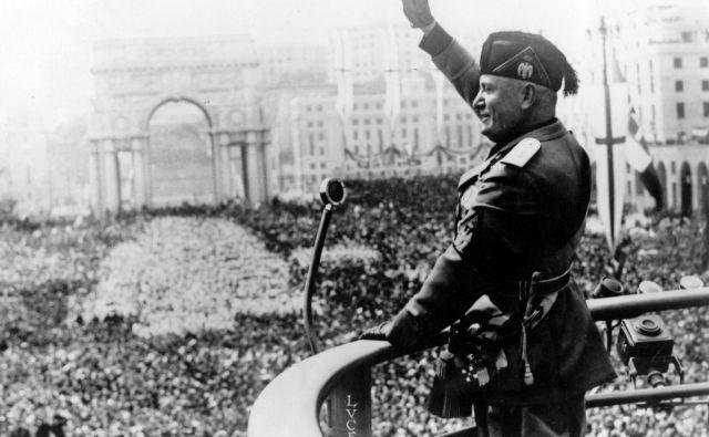 Mussolini je med častnimi občani še v 21. stoletju zapisan v številnih italijanskih mestih in mestecih. FOTO: Wikipedija