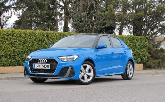Audi A1 sportback ponuja več prostora kot predhodnik, a ohranja kompaktne mere. FOTO: Blaž Kondža