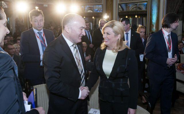 Frančiškanski duhovnik je povezan tako s hrvaško predsednico Kolindo Grabar Kitarović kot s premierom Andrejem Plenkovićem. FOTO: Tomislav Kristo/Cropix