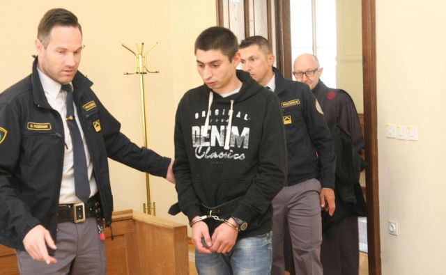 Andželin Kočevar do pravnomočnosti sodbe ostaja na hladnem. FOTO: Tanja Jakše Gazvoda